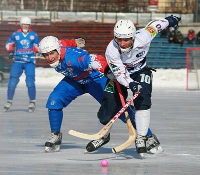 хоккей с мячом1